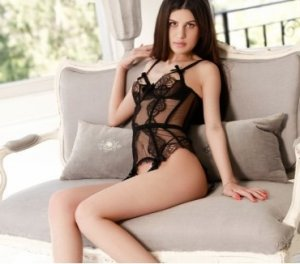 Tereza brunette escorts in Grass Valley, CA