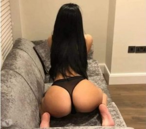 Sarah-lou foot outcall escort in Warwick
